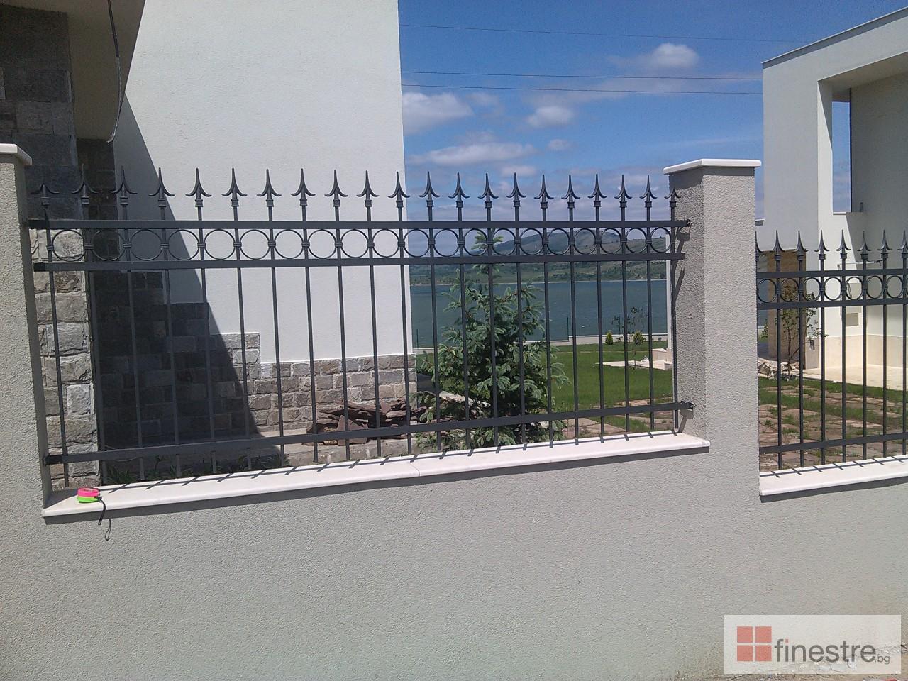 Метална ограда с портал за къща в гр. Монтана 5