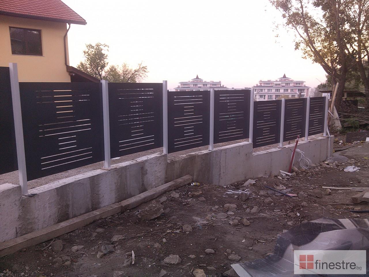 PVC дограма, еталбонд, ограда, и парапети за къща в кв. Драгалевци, гр. София 11