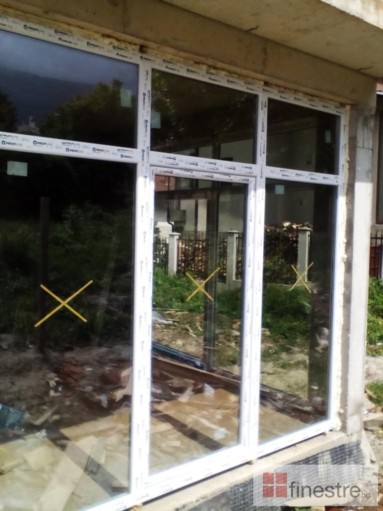 PVC дограма, еталбонд, ограда, и парапети за къща в кв. Драгалевци, гр. София 6