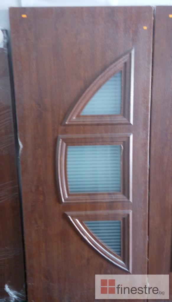 Входни врати 10