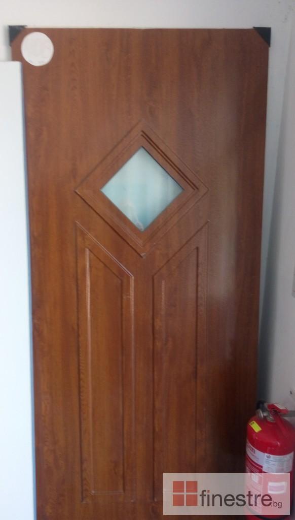 Входни врати 11