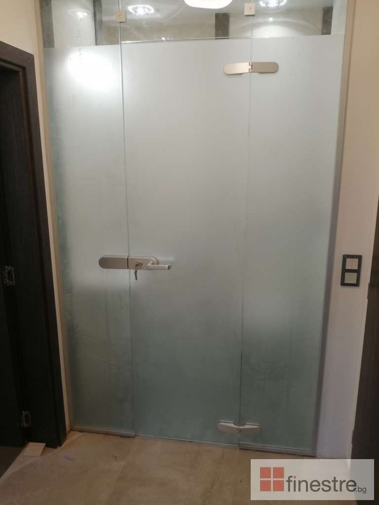Стъклена душ кабина 7