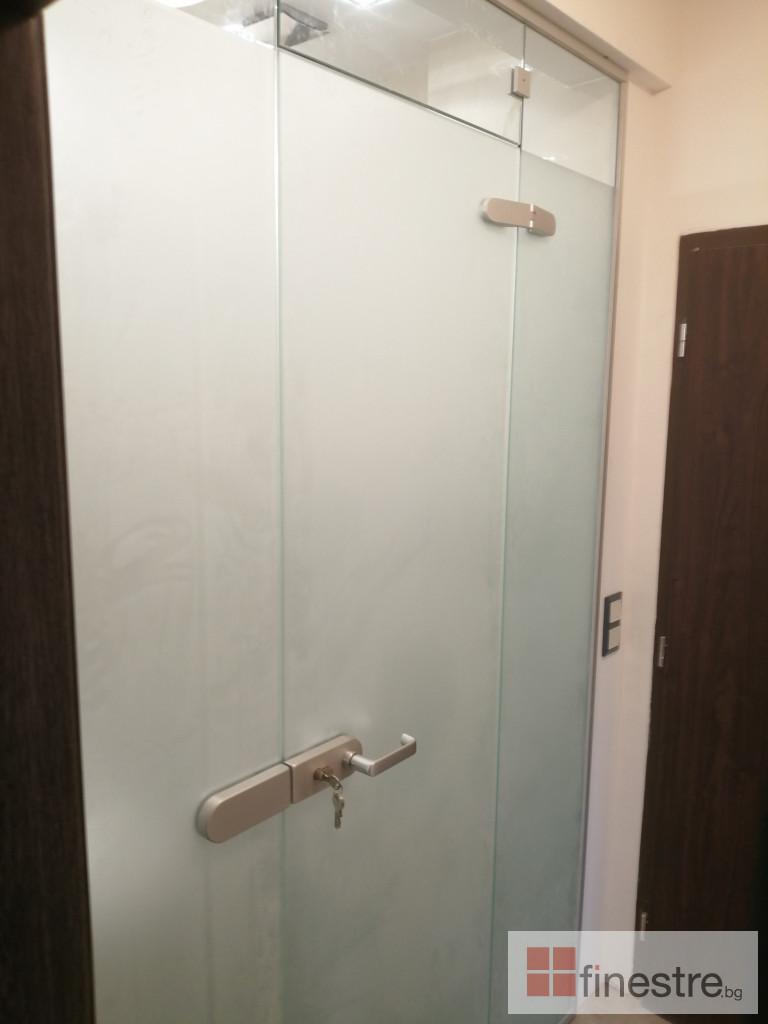 Стъклена душ кабина 9