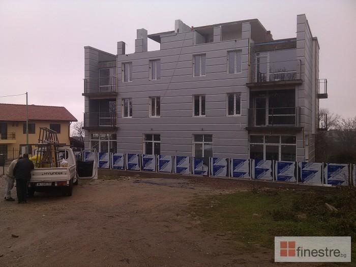 PVC дограма, еталбонд, ограда, и парапети за къща в кв. Драгалевци, гр. София